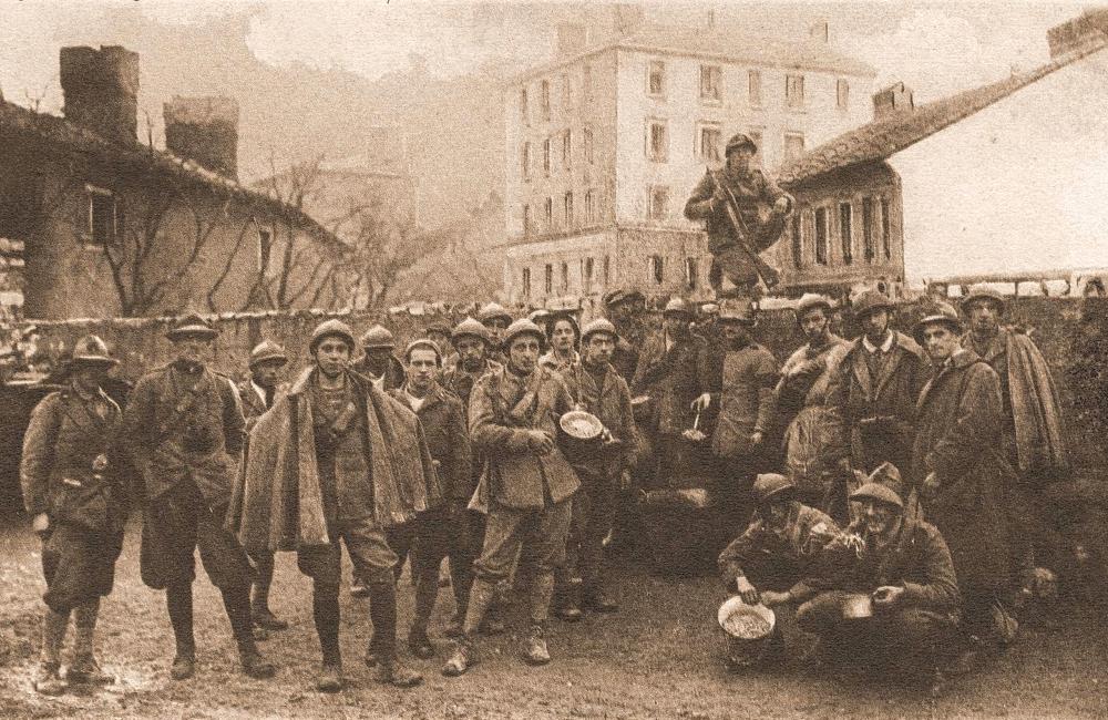 Rijeka (Fiume) - D'Annunzijevi arditi na današnjem Volčićevom trgu, Kozala